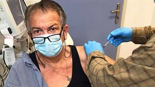 Ξεκινούν οι εμβολιασμοί κατά της CoViD-19 και στους κάτω των 60 ετών