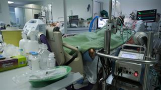 43 ακόμη θάνατοι ασθενών με CoViD-19 και 3.199 νέες λοιμώξεις από κορωνοϊό